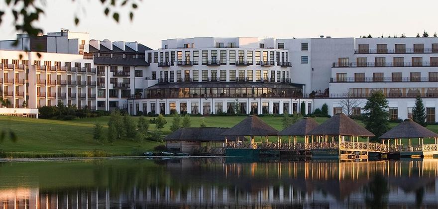 Выходные в Вильнюсе в отеле Vilnius Grand Resort 5* (автобусный тур)